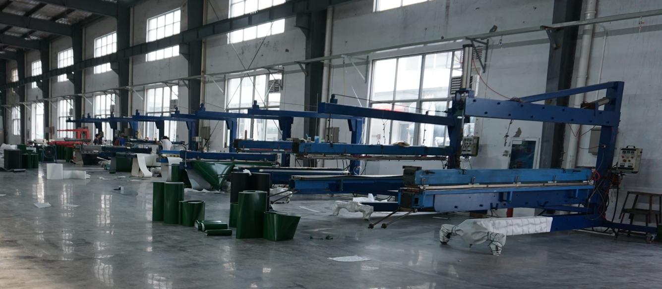 米欧制带流延车间高端PU输送带生产线正式投入生产