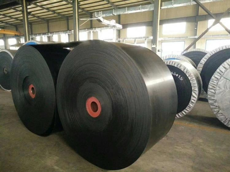 如何清洁输送带橡胶输送带上的污渍